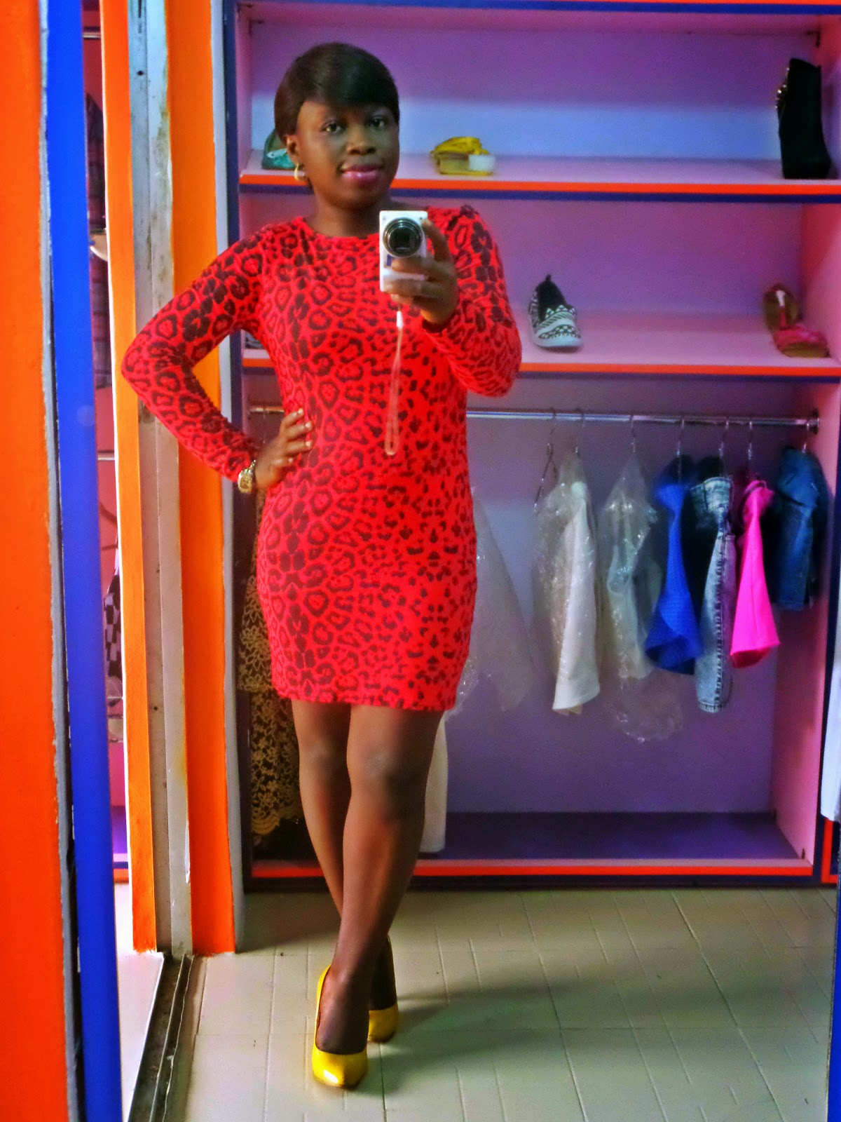 boohoo ruby leopard print dress in red