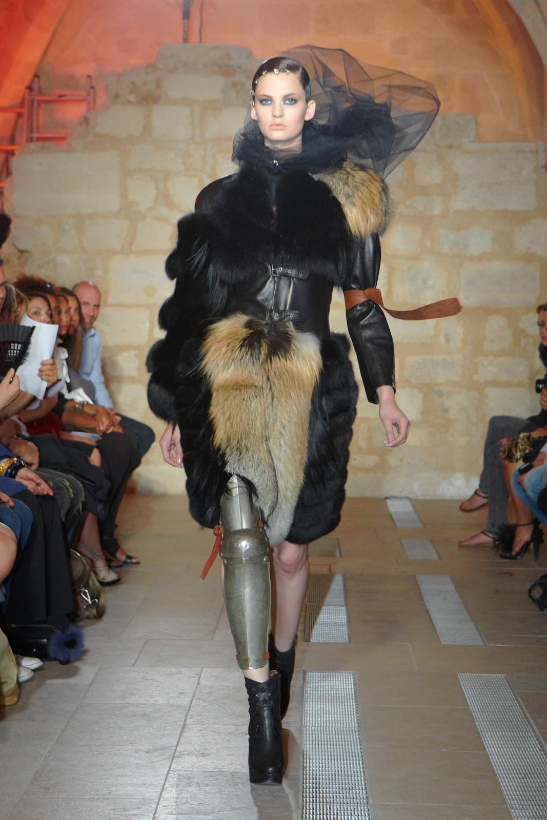 d fil quentin v ron haute couture hiver 2011 madame r ve paris. Black Bedroom Furniture Sets. Home Design Ideas