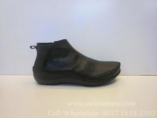 Sepatu Kickers Boots Leather Murah, Kickers Boots warna Hitam