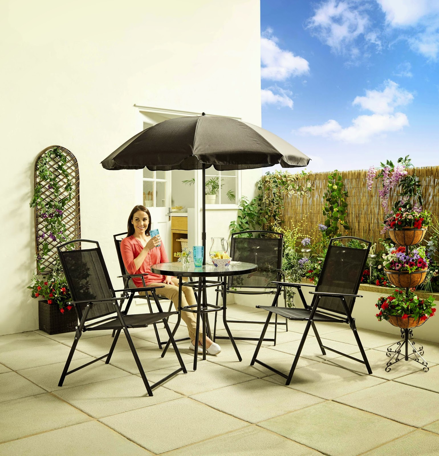 Madhouse Family Reviews Aldi S Outdoor Decor And Outdoor Living