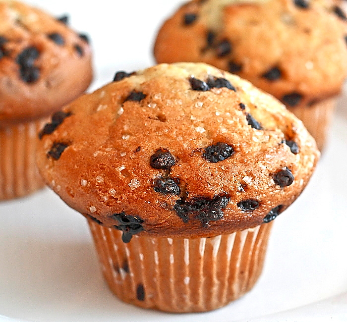 start off the week than with a fresh batch of chocolate chip muffins ...