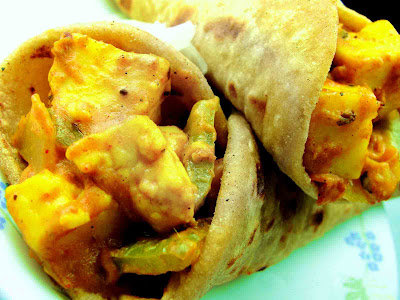 Paneer – N – Cheese Roll