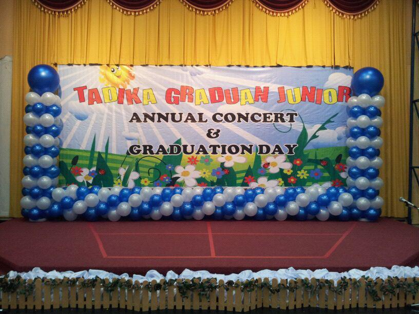 The gallery for graduation stage decoration for Annual day stage decoration images