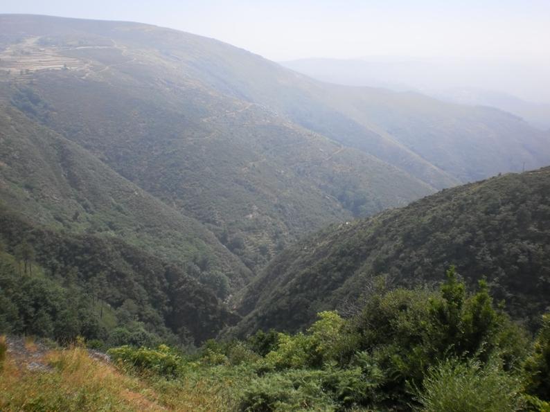 Vista para o Rio Caima na Serra da Freita