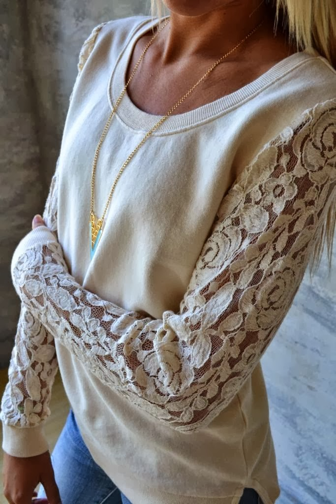 Amazing  Lace Sleeved Sweatshirt with Suitable Necklace for Women