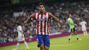 Diego Costa, jugador del Atlético de Madrid, celebrando el gol marcado en el Santiago Bernabéu al Real Madrid