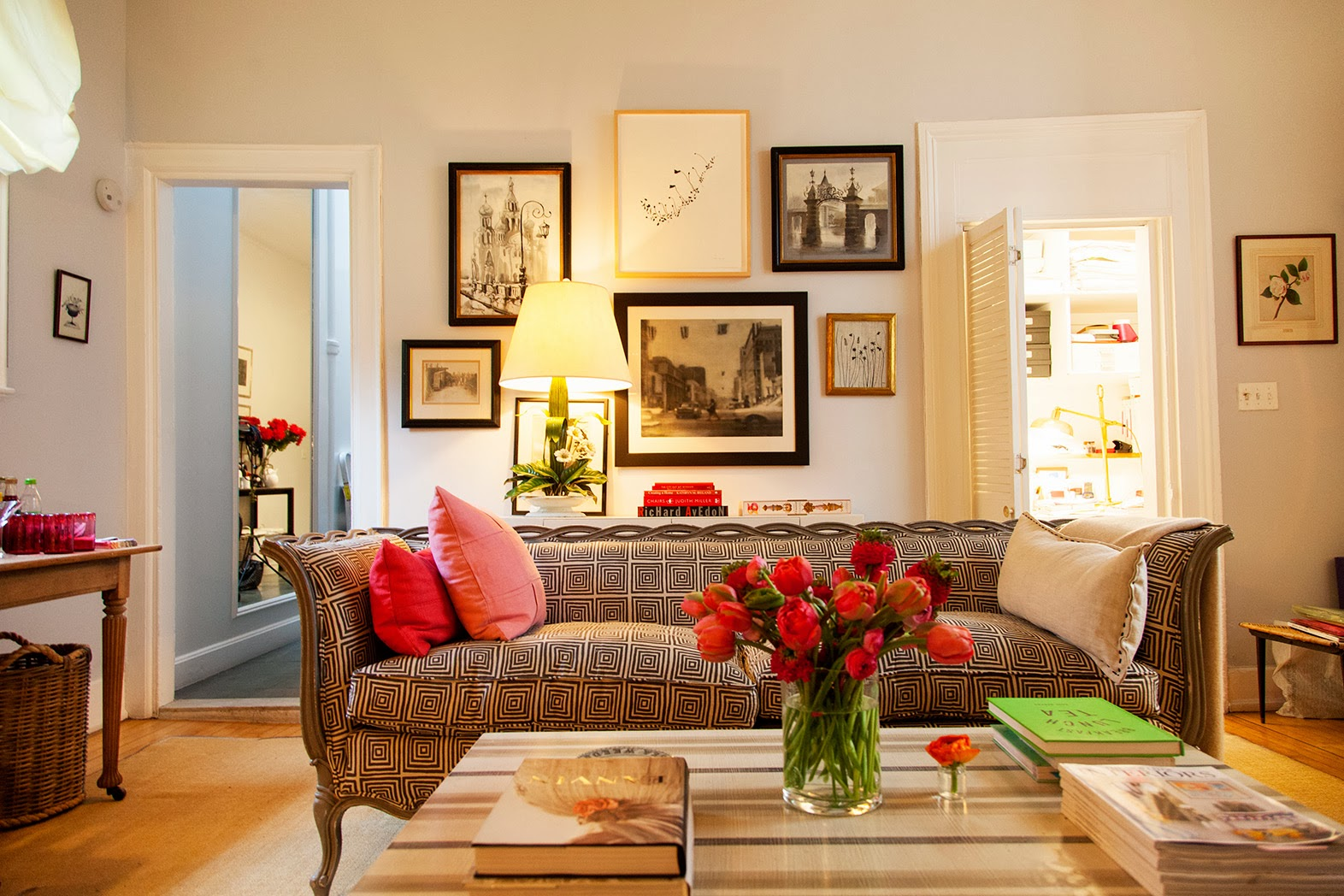 Amazing New York Apartment What Can You Rent For A Month - Student apartment smallest new york apartments