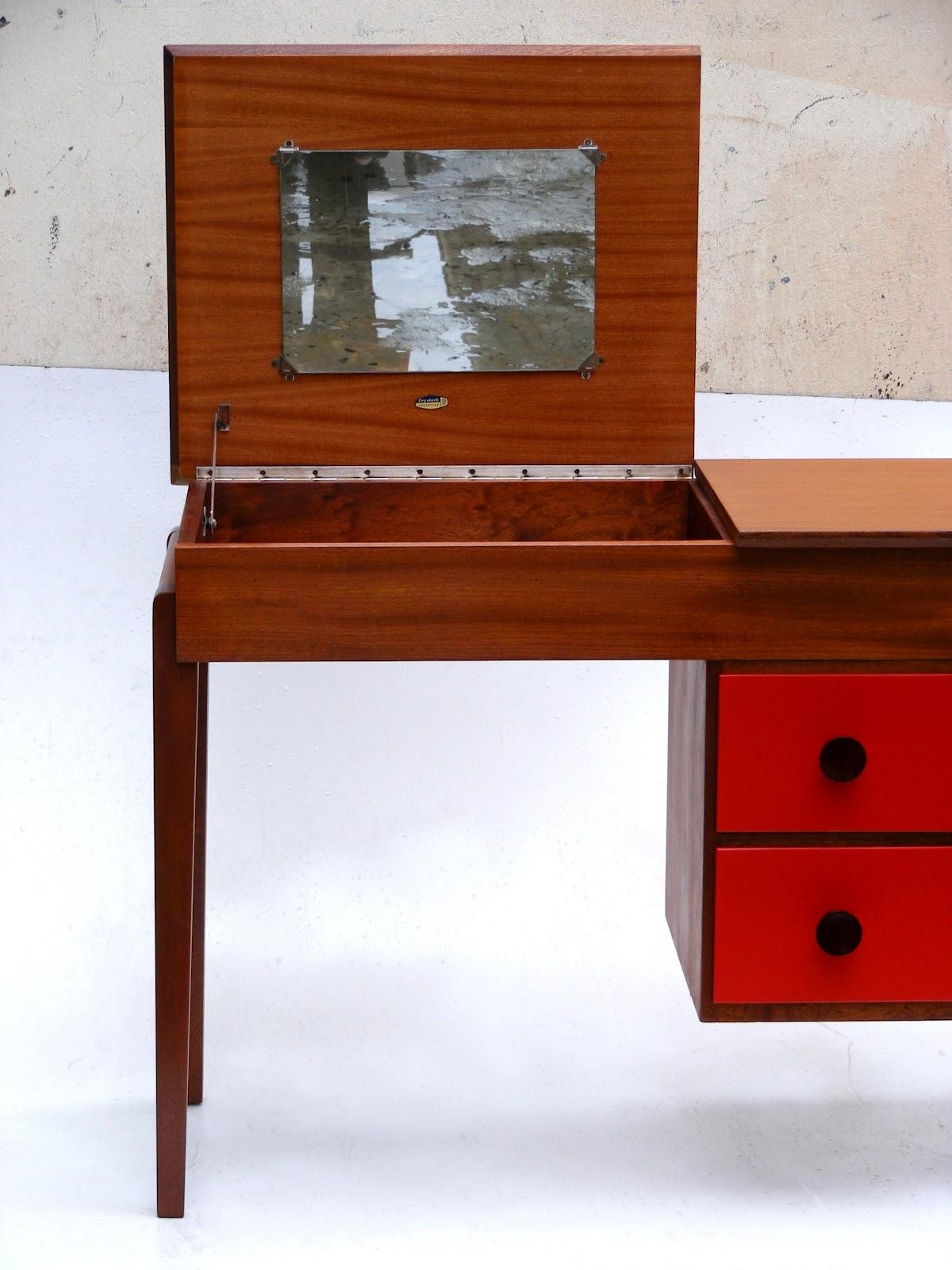 VAMP FURNITURE New furniture stock this week at Vamp 13