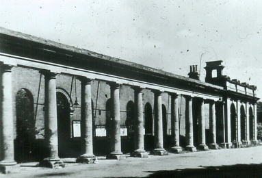 Gosport station colonnade 1937