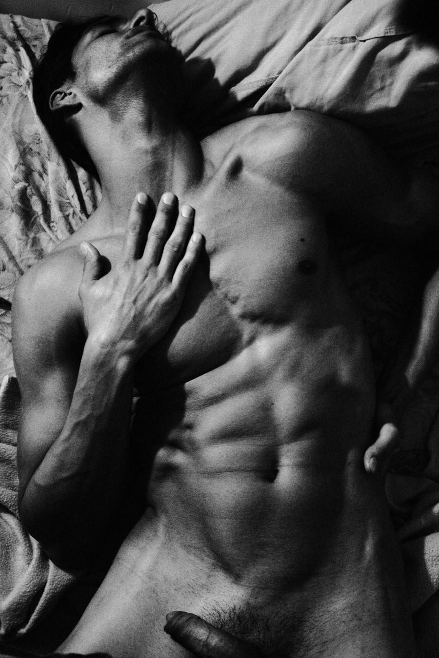 Эротика фото мужская 21 фотография