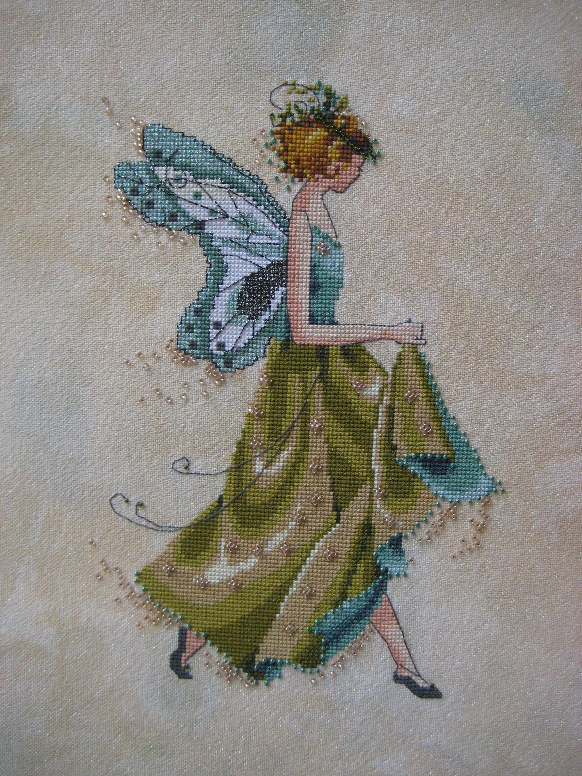 схемы вышивки крестом фея рождества
