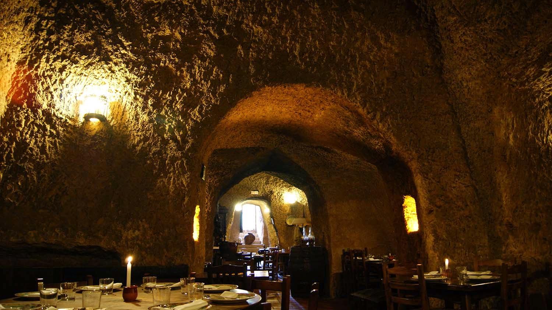 Cueva san sim n les fartures for Restaurante la cueva zamora