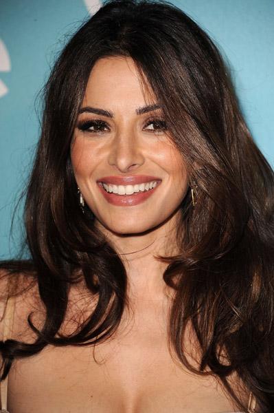 Sarah Shahi pictures