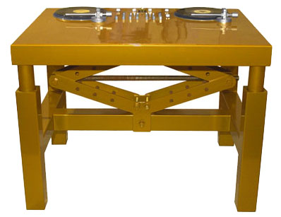 http://www.corentindombrecht.com/2008/03/rollsrolex-custom-dj-table.html#more