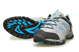 Sepatu Eiger W120