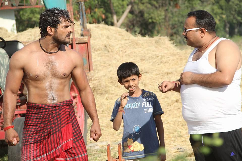 Manoj Tiger and Khesari Lal Yadav ON Set of Dabang Aashiq Bhojpuri Film Shooting photo