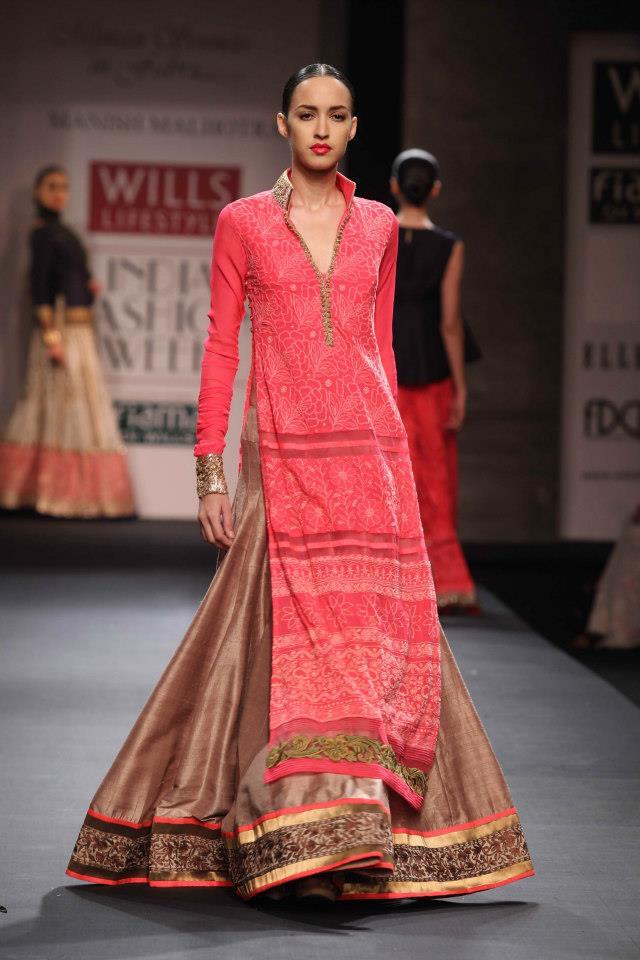 Scarlet Bindi South Asian Fashion And Travel Blog By Neha Oberoi Wills Lifestyle Fashion Week