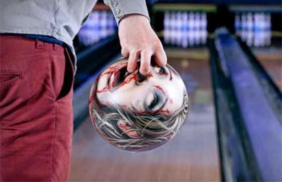 Seni Bola Bowling Yang Cantik Tapi Mengerikan 7 Gambar