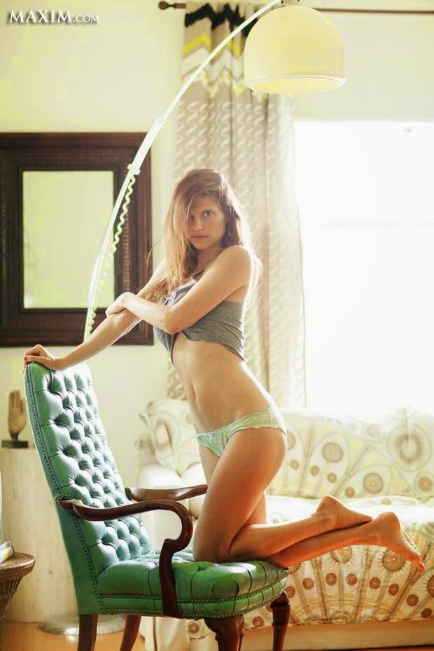 Yes, the Maxim 2014 Hot 100 of Sexiest Women & Hottest Celebrities are definitely right to showcasing the spontaneous work list to a public and put Lake Bell on the list number.