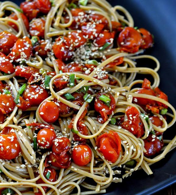 Whole-Wheat-Linguine-Roasted-Tomatoes-Asian-Vinaigrette-tasteasyougo.com