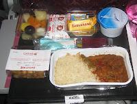 Vegetarisches Abendessen bei Qatar Airways