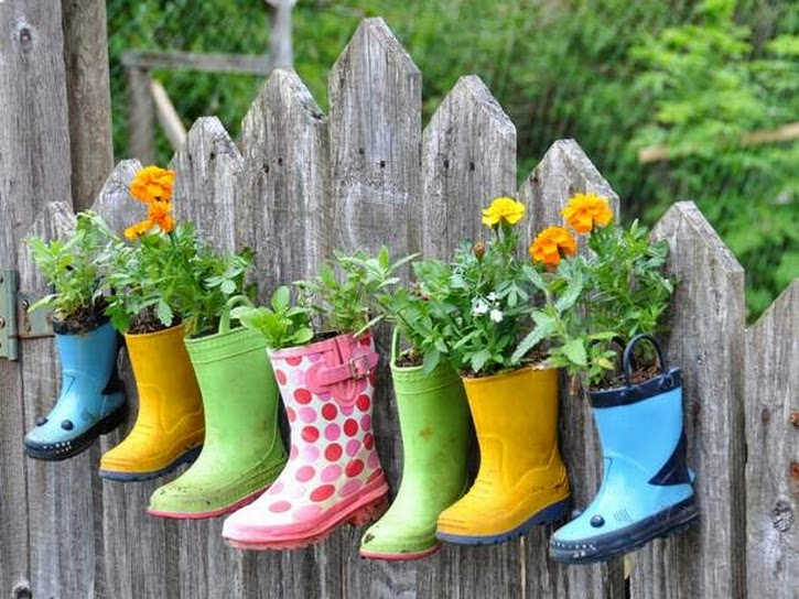 outdoor yard decorating ideas | outdoor landscaping ideas
