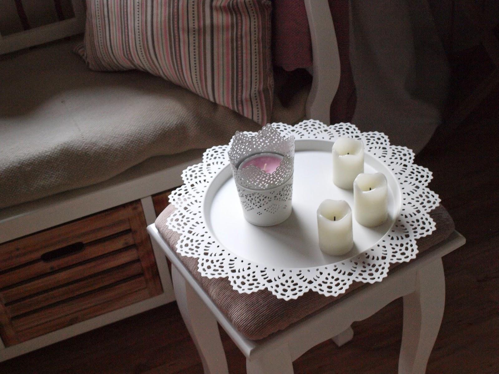 deartally a cozy place. Black Bedroom Furniture Sets. Home Design Ideas