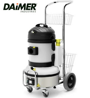 Vinyl floor cleaning machines