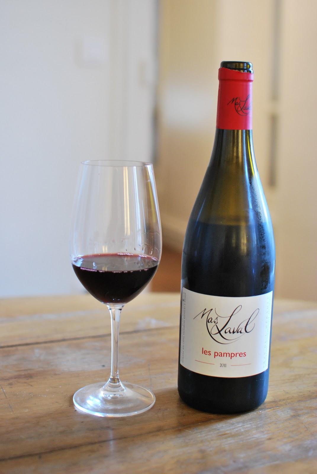 j aime boire du vin rouge. Black Bedroom Furniture Sets. Home Design Ideas