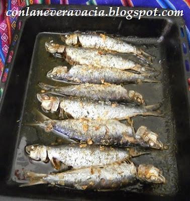 Sardinas Al Horno Con Romero, Tomillo Y Ajo