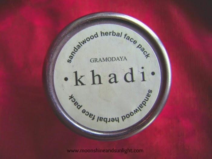 Gramodaya Khadi sandalwood herbal face pack review and price in India