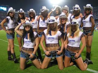 http://2.bp.blogspot.com/-DaG9nkbRhBM/TV-LRkNO2MI/AAAAAAAAAYQ/aqkmlQiFRhU/s320/bulls-cheer.jpg