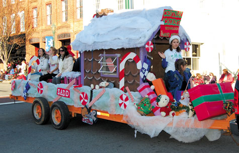 Christmas Parade Themes - LoveToKnow