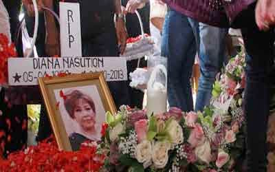 http://seospeeds.blogspot.com/2015/04/7-artis-indonesia-yang-meninggal-dunia-melawan-kanker.html