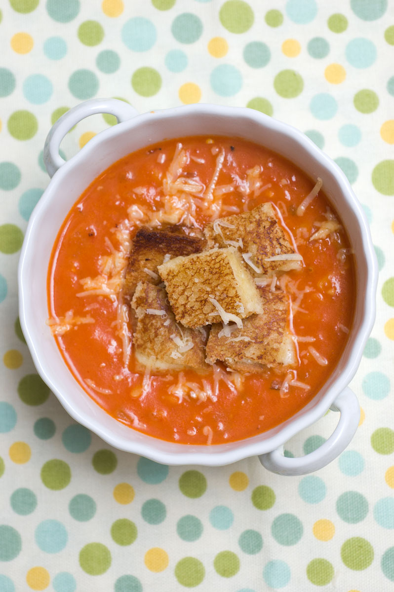 Sugar & Spice by Celeste: Easy Tomato Soup & Grilled Cheese Croutons