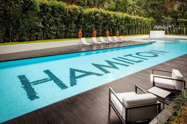 Luxury life design super luxury apartment with suite sky for Pool design hamilton