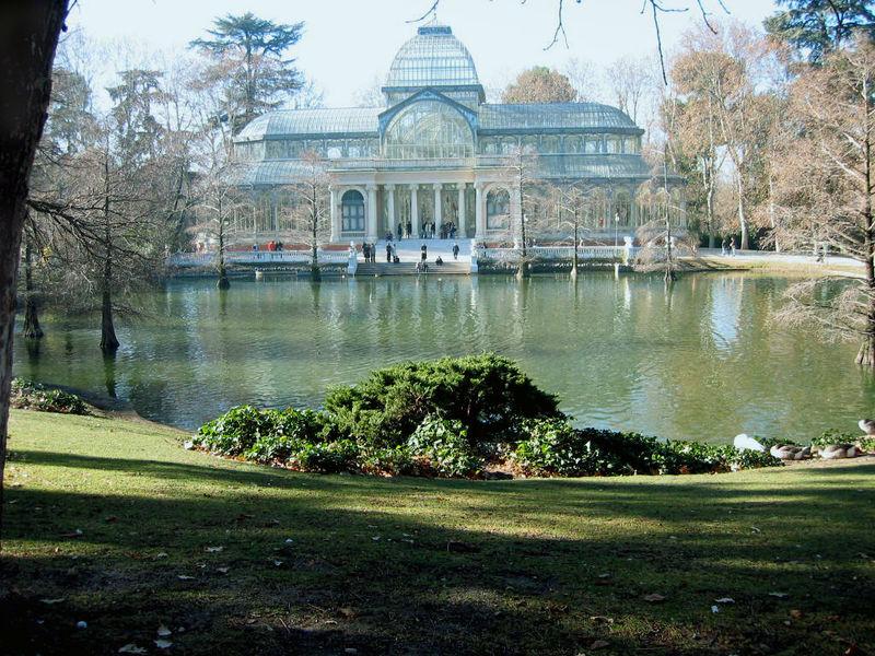 Parque de El Retiro en Madrid. Ocio verde en Madrid. Talleres y curso en el Retiro Madrid.