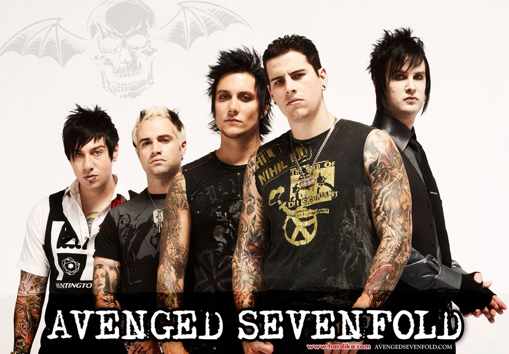 Download lagu avenged sevenfold carry on mp3 Free Download Lagu