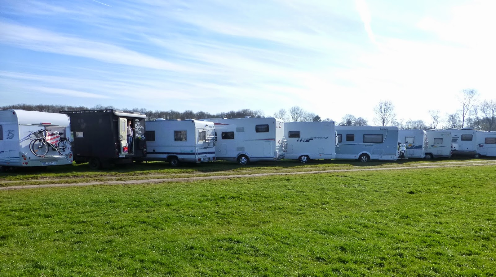 On a recent trip to Holland we parked almongst the other motorhomes at Keukenhof Gardens, and realised that we might be the black sheep of the European Motorhomes.Our Blac doesn't look like other European Motorhomes! (Keukenhof Gardens).