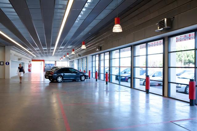 Centro de servicio del Automóvil, Arquitectura Industrial, Rehabilitación, Reforma