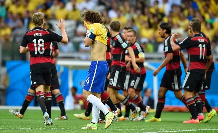 """FÚTBOL Mundial de Brasil-- Brasil 1-7 Alemania. """"El rodillo Alemán, en el séptimo cielo"""""""
