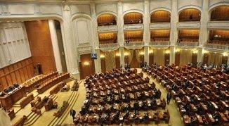 Parteneriatele civile, respinse în Senat. Urmează Camera Deputaților, care este for decizional...