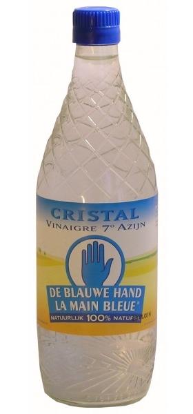 Een fles azijn is een prima middel om te besparen op je huishouden