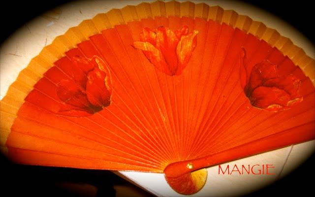 Abanico decoupage tulipanes