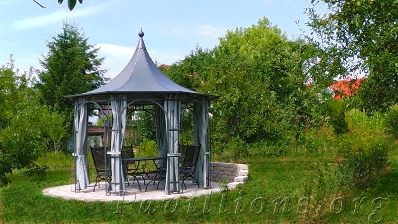 wohnen wohlfuehlen rankpavillon aus metall charmante romantische gartenlaube. Black Bedroom Furniture Sets. Home Design Ideas