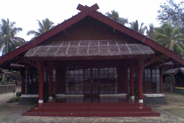 Sewa Bungalow Villa Tepi Pantai Anyer Ceria