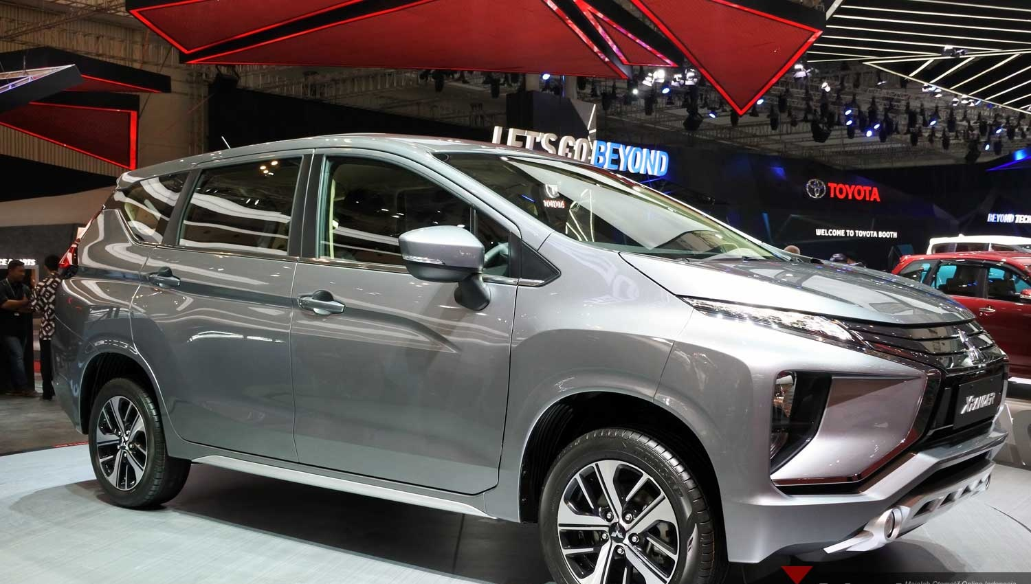First Impression Review Mitsubishi Xpander  Indonesia