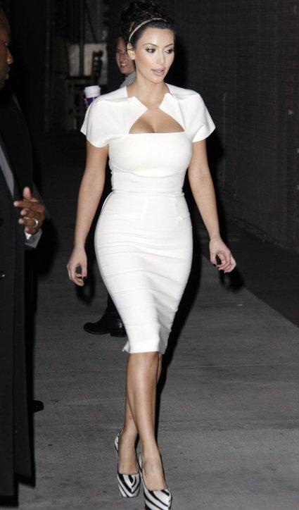 fashion beauty glamour kim kardashians white dresses