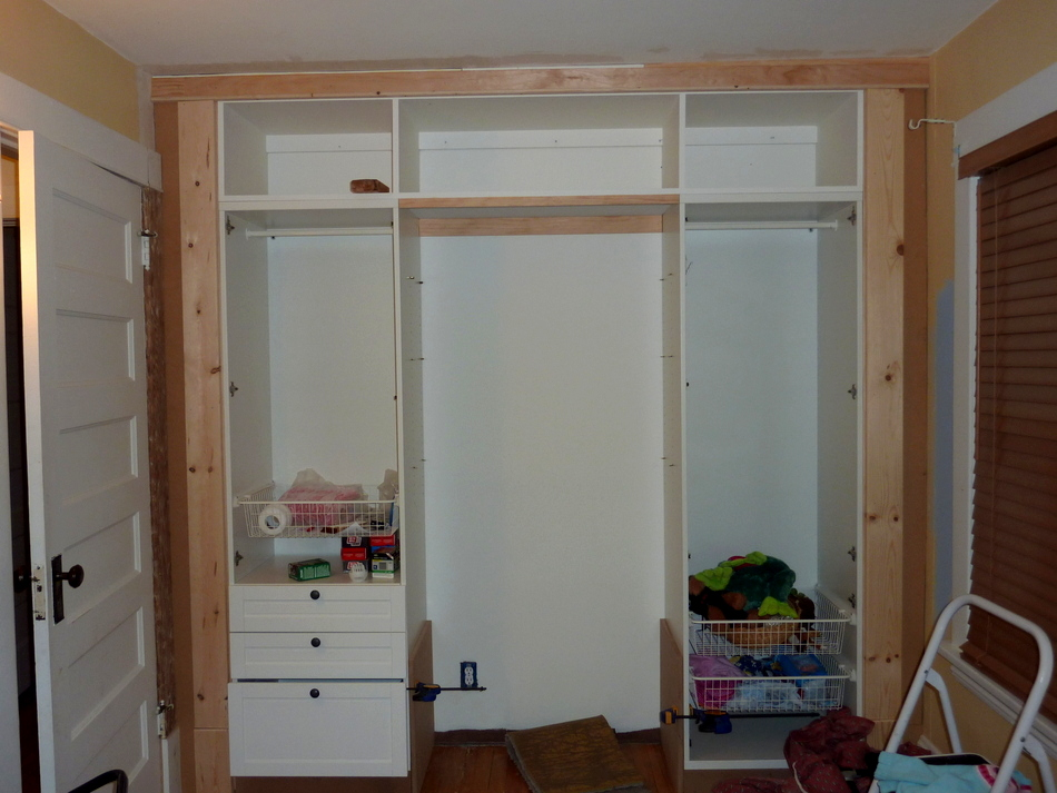 Kid 39 S Built In Wardrobe Closet Ikea Hackers Ikea Hackers