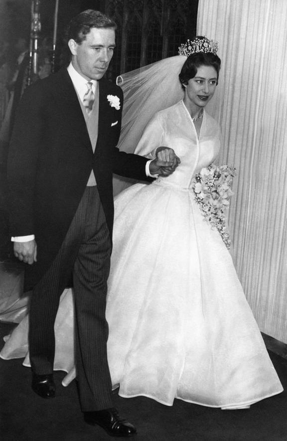 royal-wedding-princess-margaret-wedding-dresses